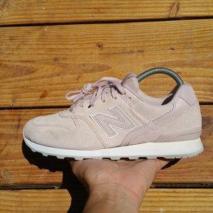 New Balance 696 Athletic Running Walking Sneakers